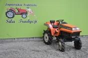 Traktorek Kubota XB1 4x4 12KM