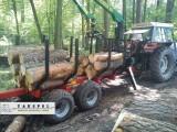 Przyczepa leśna z ładowarką