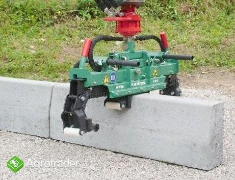 Hydrauliczny chwytak do krawężników - zdjęcie 1