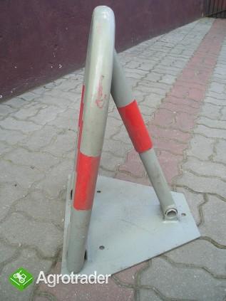 Blokada parkingowa parkowania - zdjęcie 1