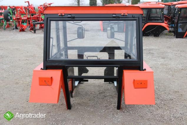 Kabina ciągnikowa do ciągnika C 360 C 330 LUX z błotnikami SZYSZKA CE - zdjęcie 1