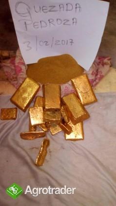 Goldbarren in der Menge zum Verkauf - zdjęcie 1