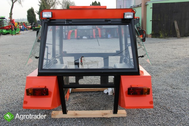 Kabina ciągnikowa C360 D-Lux Ursus C-360 kabiny do ciągnika - zdjęcie 3