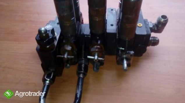 Rozdzielacz hydrauliczny Massey Ferguson 6120,6130,6140,6150,6160,6170 - zdjęcie 2