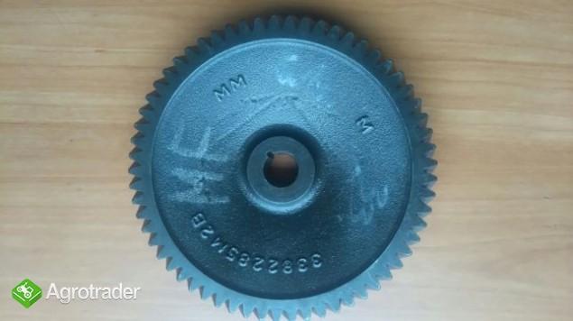 Koło Zębate pompy hydraulicznej Massey Ferguson 3050,3060,3065,3075,