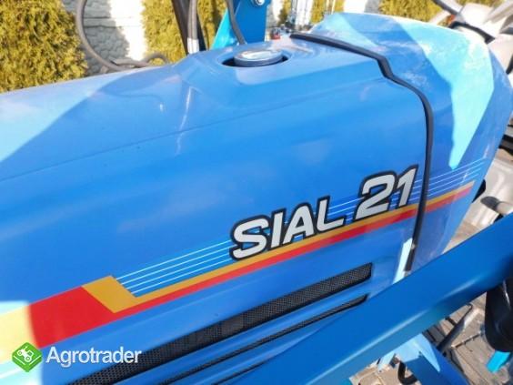 Iseki Sial 21 4x4 wspomaganie kierownicy ładowacz czołowy TUR  - zdjęcie 3