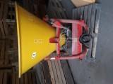 Jednotarczowy rozsiewacz nawozów GRASS-ROL N056/1