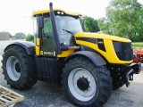 Traktor JCB Fastrac 8250
